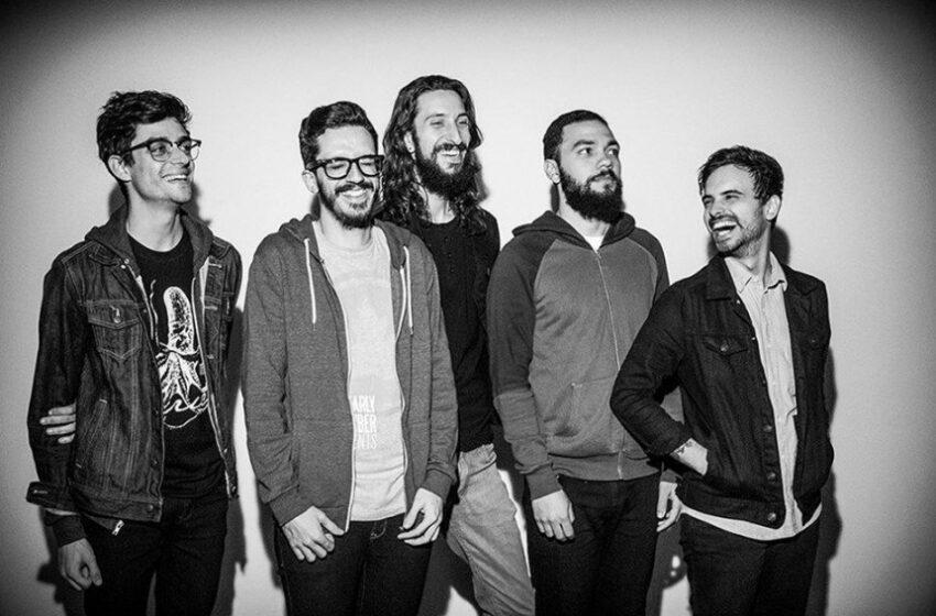 Alaska mostra maturidade em seu disco de estreia #Review