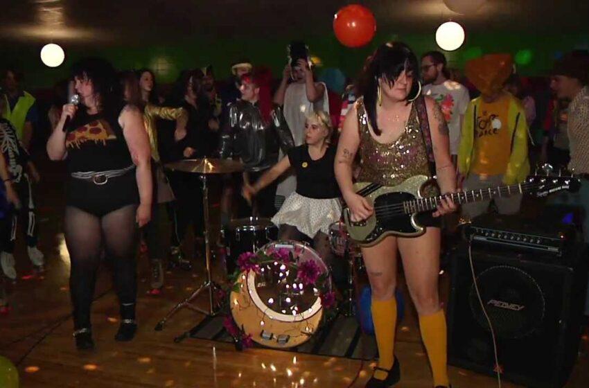 Kitten ♥ Forever: Feminismo, Amizade e Punk Rock