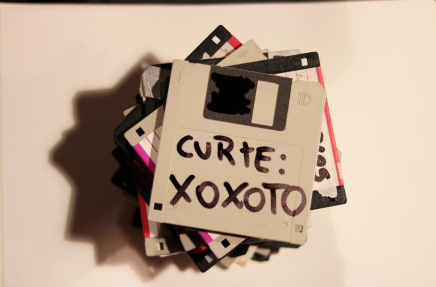 [Premiere] O EP misterioso de xoxoto e o começo da Cavaca Records