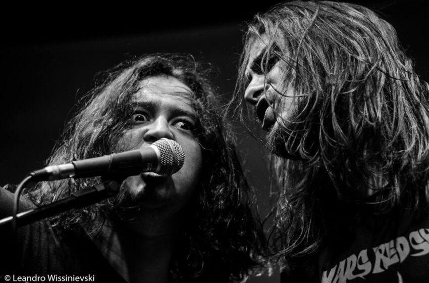 """[Exclusivo] Após reformulação, e de malas prontas para o Brasil, Stoned Jesus promete novo álbum """"escuro e intenso"""""""