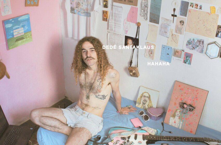 """[Premiere] Navegando pelas ondas da Vaporwave, Dedé Santaklaus discute o tédio das redes sociais em """"HAHAHA"""""""