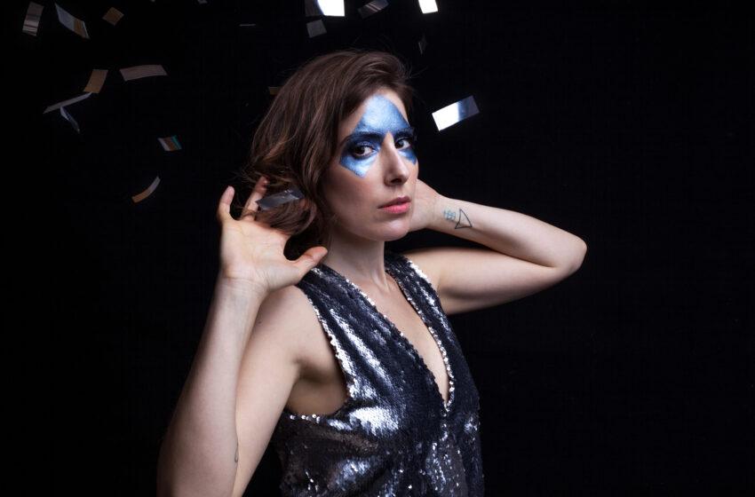 Com áurea libertadora Lara Aufranc abre passagem em seu segundo álbum