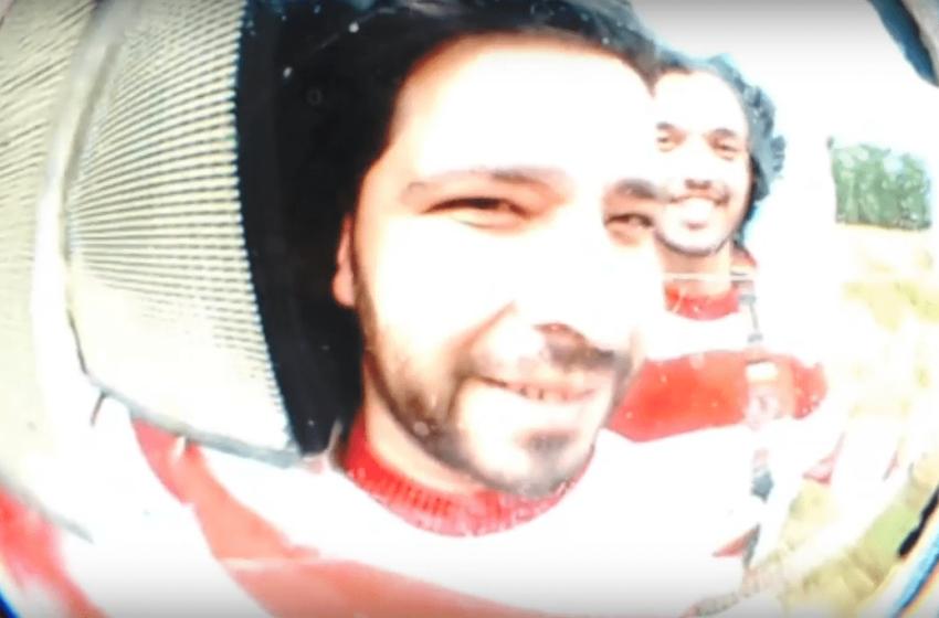 """[Premiere] Com o auxílio de apenas um """"olho mágico"""", Os Chás debuta seu 1º clipe"""