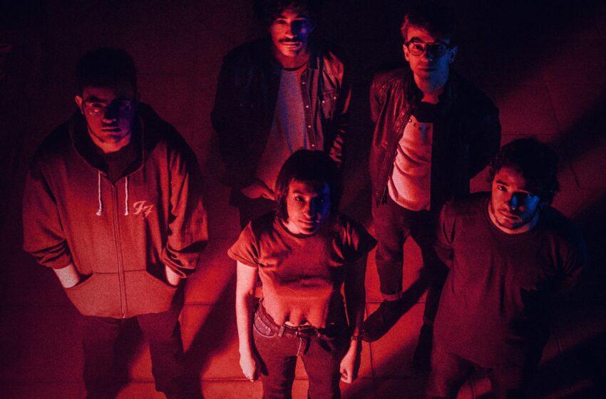 [Premiere] Que Fita! Oxy antecipa álbum com single hipnotizante