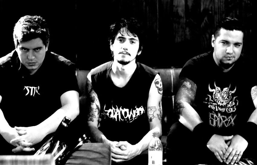 """[Premiere] Spidrax faz homenagem """"horror punk"""" aos amigos do underground"""