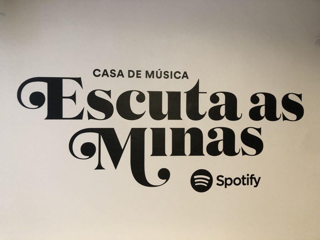 Escuta as Minas Logo