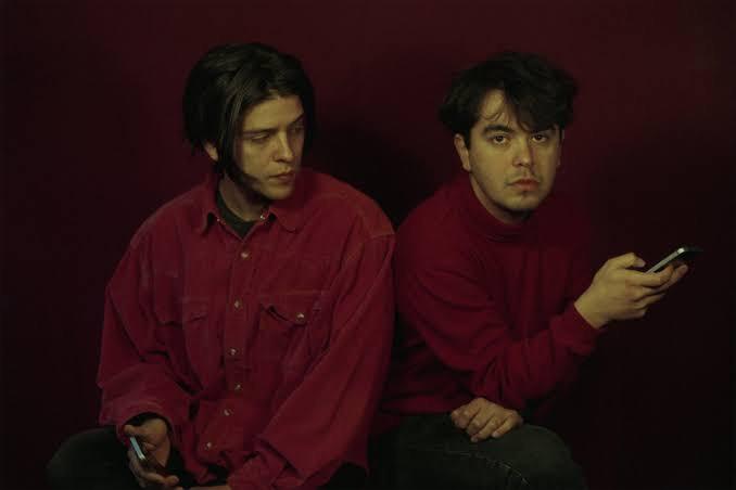Conversamos com o duo chileno The Holydrug Couple que em breve estará no Brasil