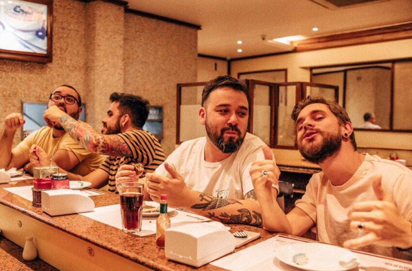 "Dinamite Club lança EP no melhor estilo ""Punk Goes Acoustic"""