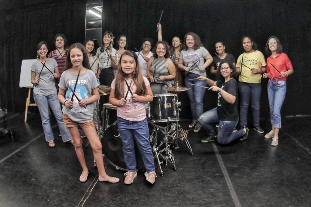 Hi Hat Girls Oficina de Bateria