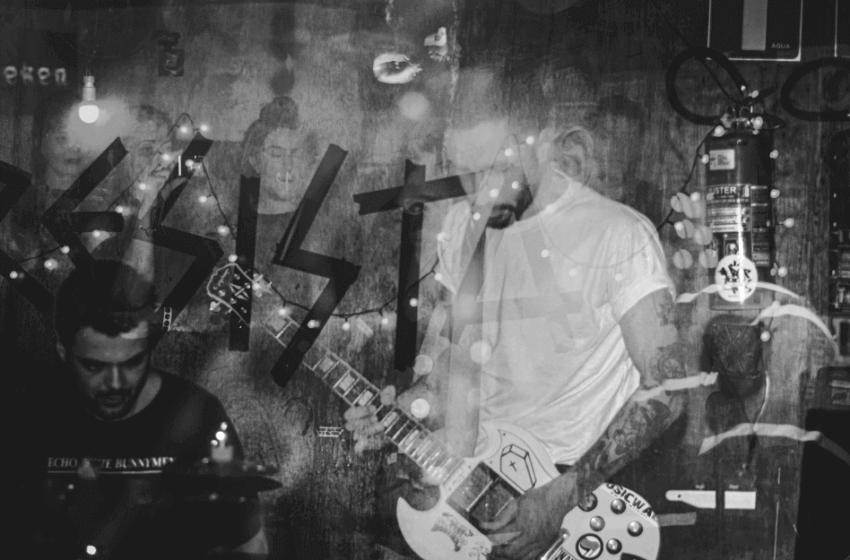 """Nietts coloca os post-punkers para dançar em """"Disco Inferno"""""""