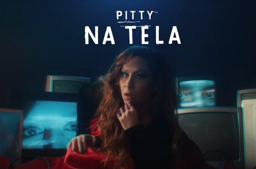 """Pitty discorre sobre relacionamentos virtuais no clipe para """"Na Tela"""""""