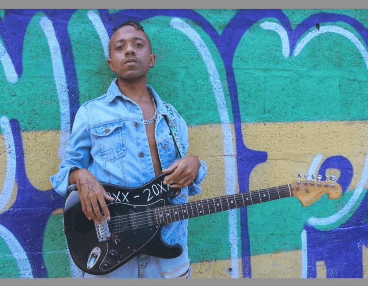 """Theuzitz apresenta o Rock de terceiro mundo em """"Conversando com Espíritos"""""""