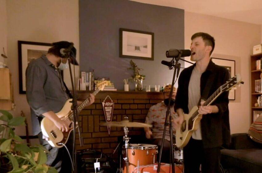 PUP perturba os vizinhos durante seu set no Tiny Desk (Home) Concert