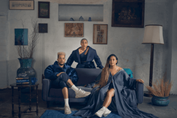 O trio paraense Tuyo lança o álbum Chegamos Sozinhos em Casa Vol. 1 - Juh Almeida @juhafotografa Direção de arte / Projeto Gráfico: Edi @edizinha__