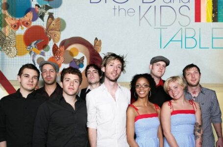 Big D & the Kids Table e Doped Dollies  – Foto Por: Jolle Andres