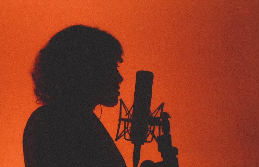 Inspirada na série COLORS, LoreB lança a Matiz Live Session com participações de Wado e Maju Shanii