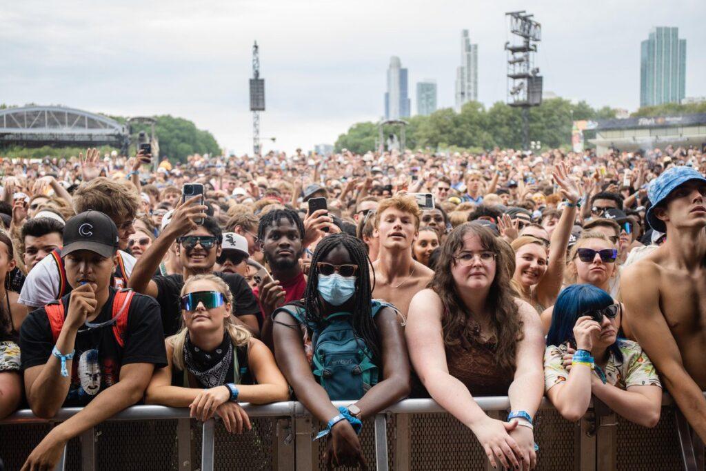 A volta dos shows - Lollapalooza Chicago 2021 Mask
