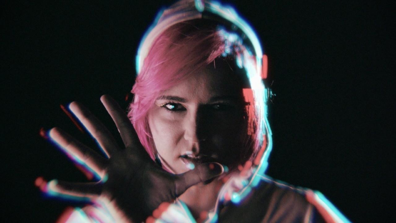 Gabriela Terra (My Magical Glowing Lens) comenta sobre a falta dos shows